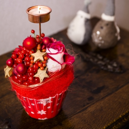 Xmas OASIS® Floral Cupcake Design